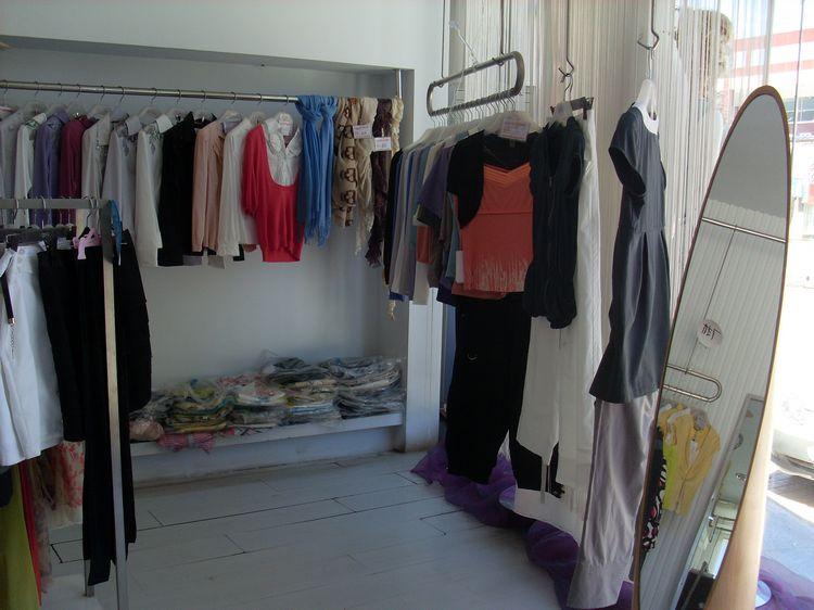 阿拉善左旗3s女装店