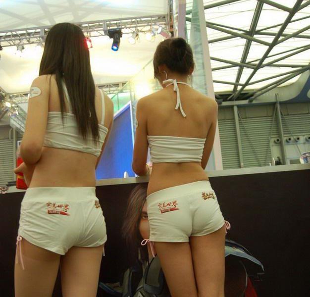 紧身兜b裤 操 丁字避孕裤使用演示 紧身兜比裤 紧身挤b裤图片