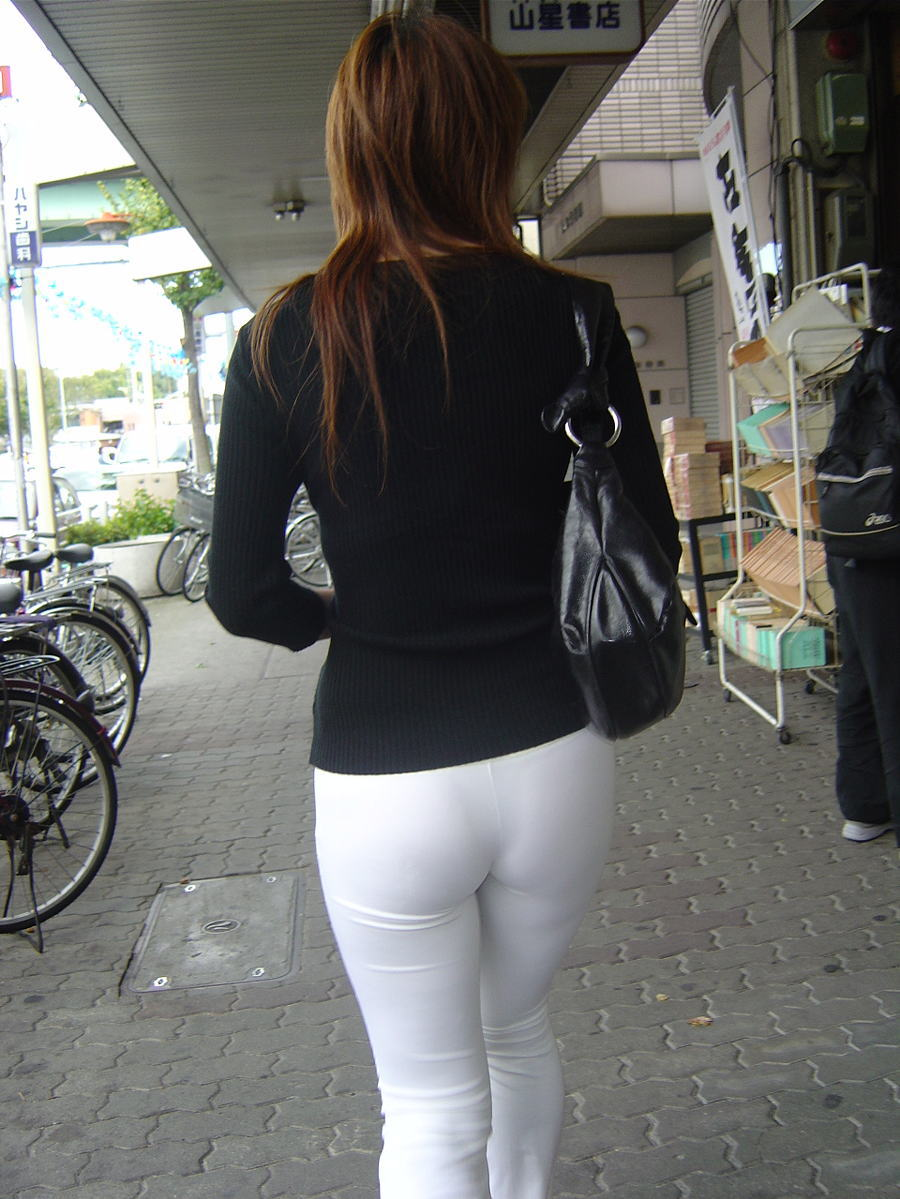 街拍紧身裤图片