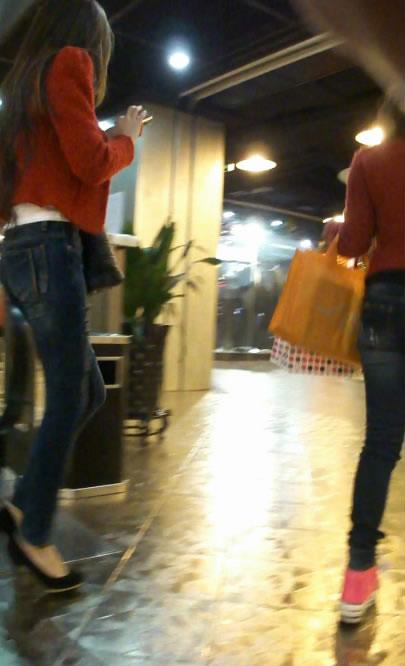 街拍模特身材极品紧身牛仔裤美女论坛图片_张掖论坛 - 源源 - djun.007 的博客