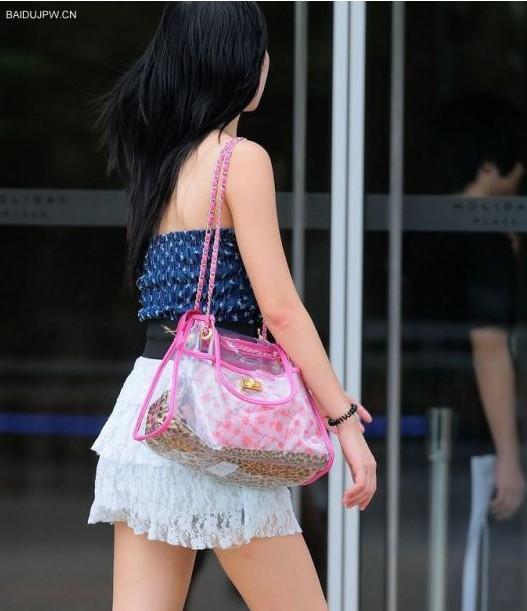 抄底街拍短裙美女 抄底街拍短裙美女最新图片 乐悠游网图片