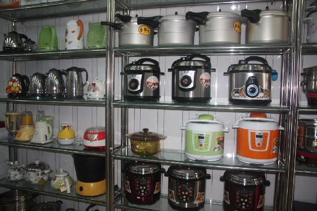 九阳豆浆机,美的电磁炉,双喜电压锅
