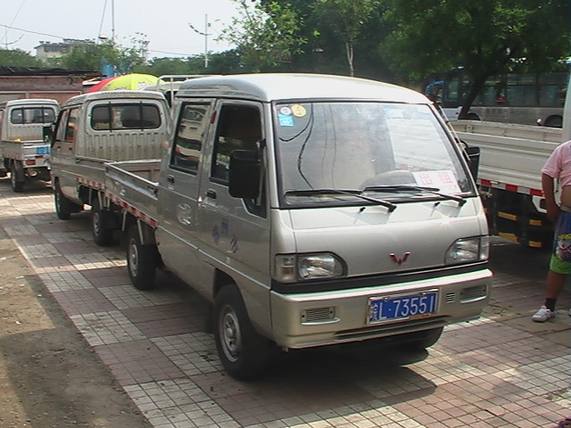 江新利 五菱双排座加长小货车 出租 宿州在线黄