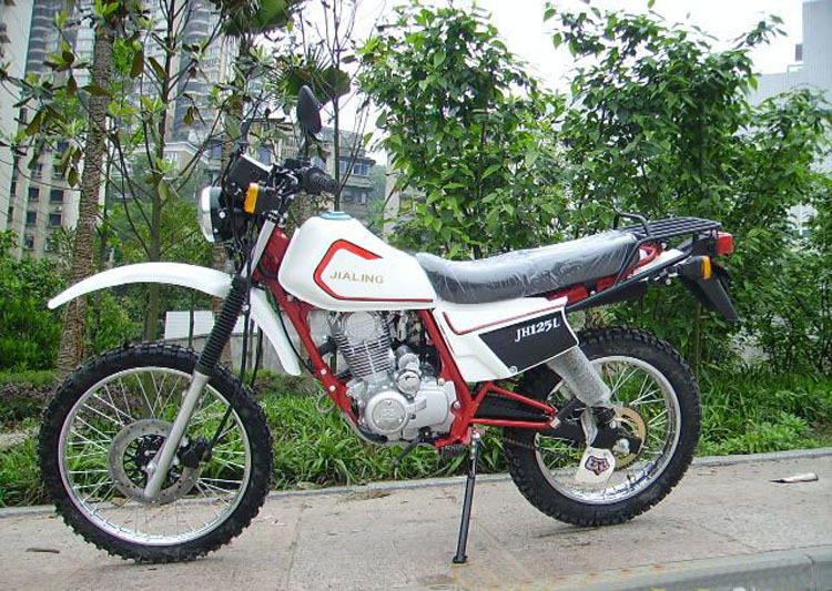嘉陵白菜125越野摩托车