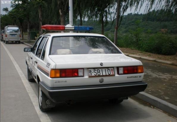 110警车简笔画-这车车牌号码太霸气了,碉堡了,有图有J8 贴图娱