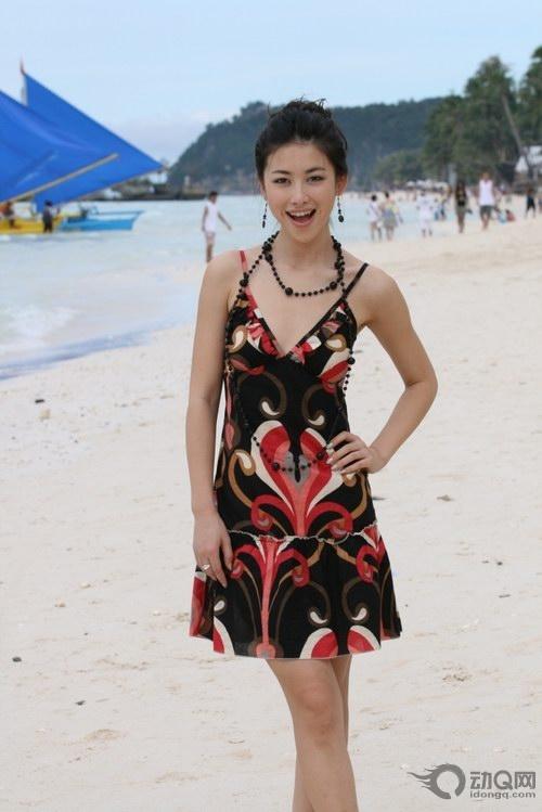 中国女主播朱珠_上海女主播朱珠魅力女装虏获尤文图斯老板组