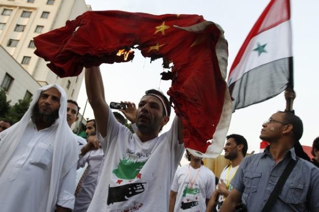 因支持叙利亚 中国国旗被烧(图)
