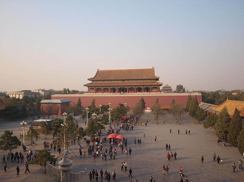 主题: 北京天安门金水桥护城河