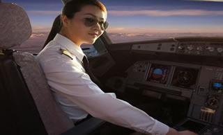 推荐中国国航最美女机长