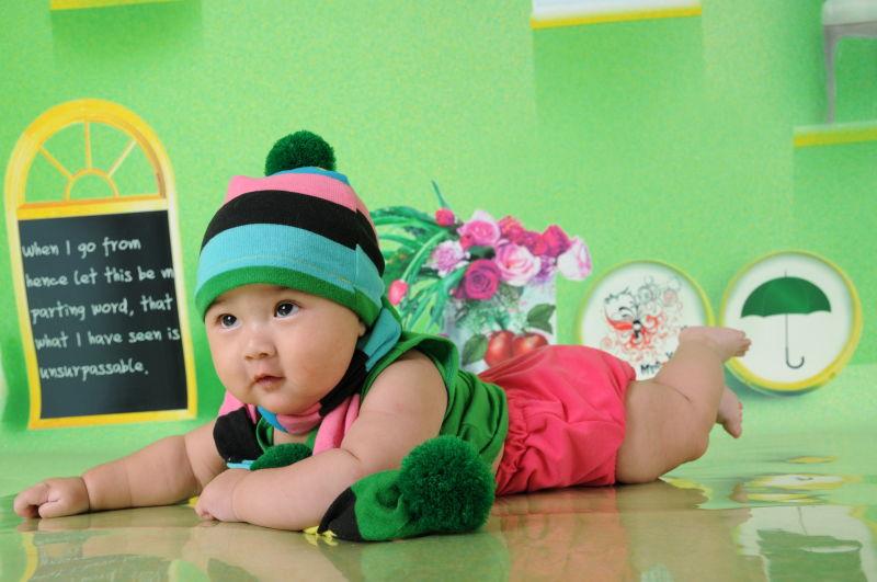 主题: [原创]新年来了,晒晒我可爱的宝宝照