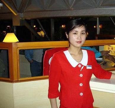 朝鲜街头素颜美女 别有一番味道(组图)