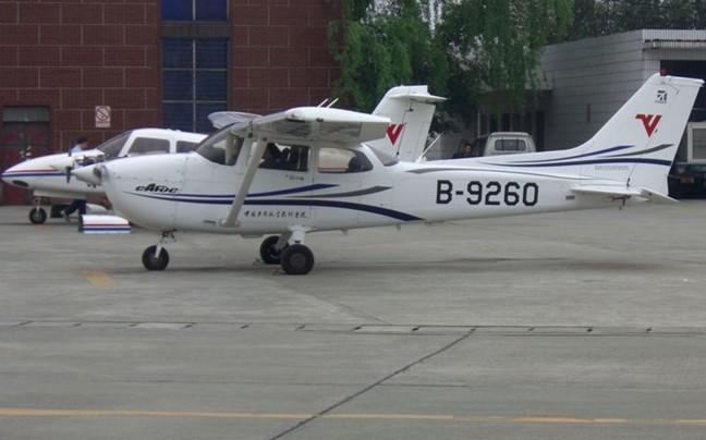 民航飞行学院拍到的飞机这些你认到几架?