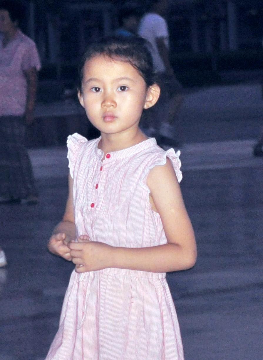 一张随拍的小美女 原创摄影