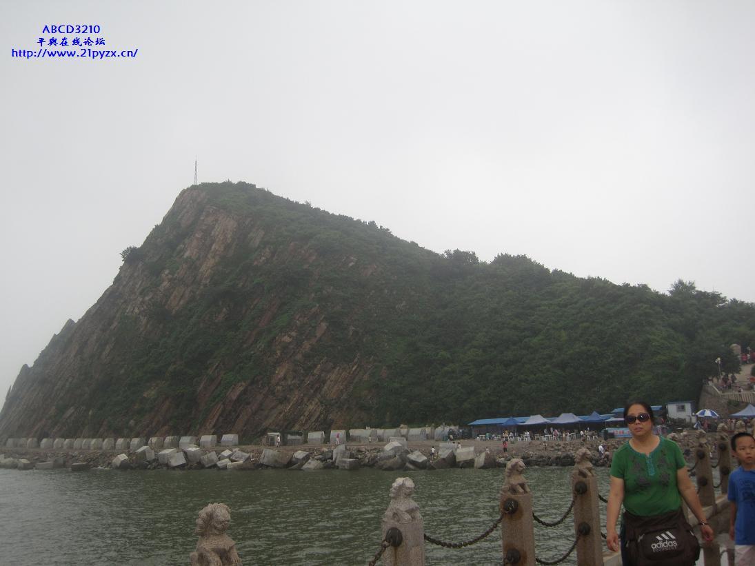 葫芦岛海滨浴场与笔架山