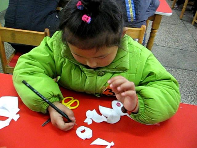 幼儿园中班亲子制作