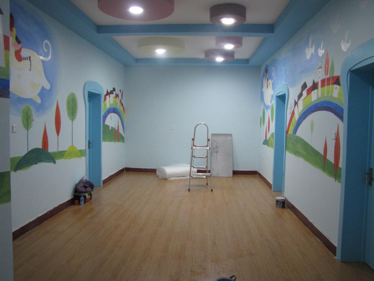 幼儿园墙面彩绘   【在线】幼儿园室外墙体彩绘