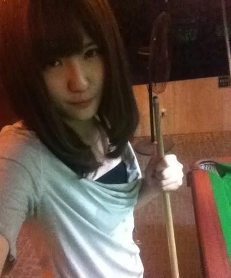 会打台球的女人 怎么看都顺眼?