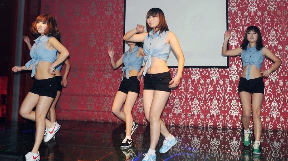 汇鑫春晚之美女舞蹈《傲慢舞》