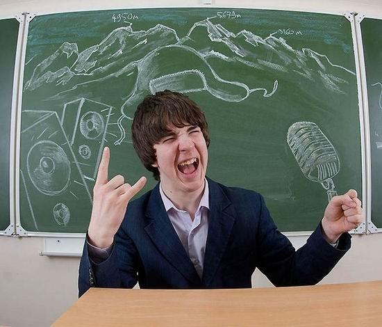超酷!那些最具创意的校园黑板画
