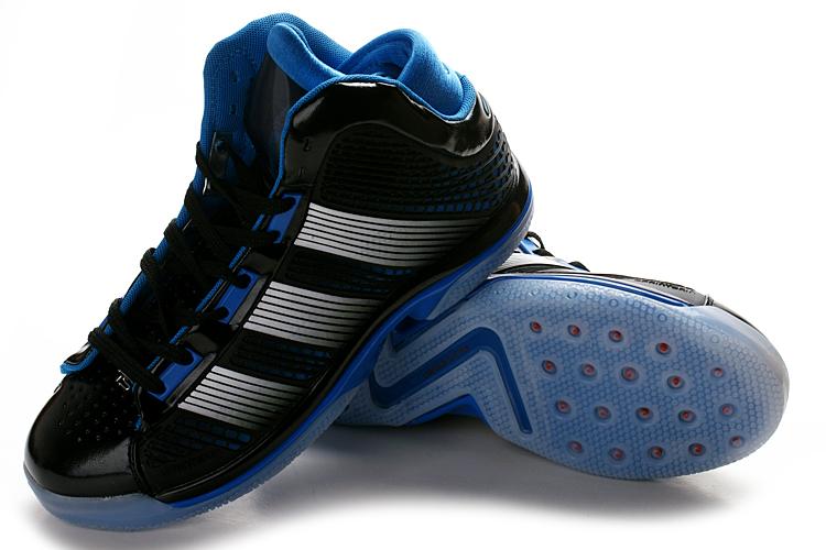 阿迪达斯 08 魔兽霍华德最新战靴