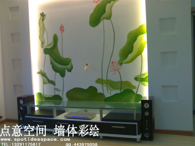 浅绿色硅藻泥电视墙