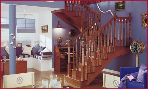 纯实木楼梯
