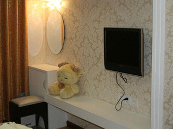 欧式背景墙 壁纸植绒5011大马士革