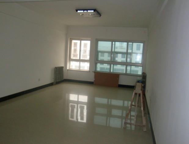 低价出售冀东商贸精装修复式楼房