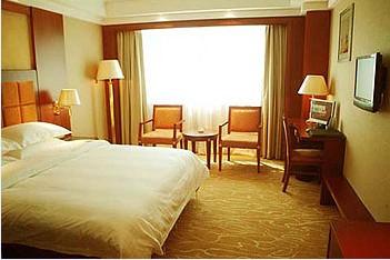 标准大床房(含双早)