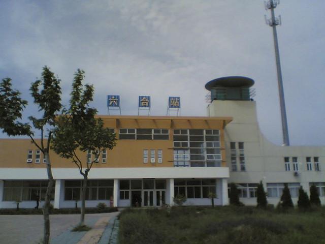 >> 六合火车站介绍         六合火车站站址位于江苏省南京市六合区雄