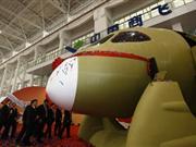 国产C919大型客机机头样机正式交付(组图)