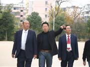 疯狂英语创始人李阳亲临县二中讲学