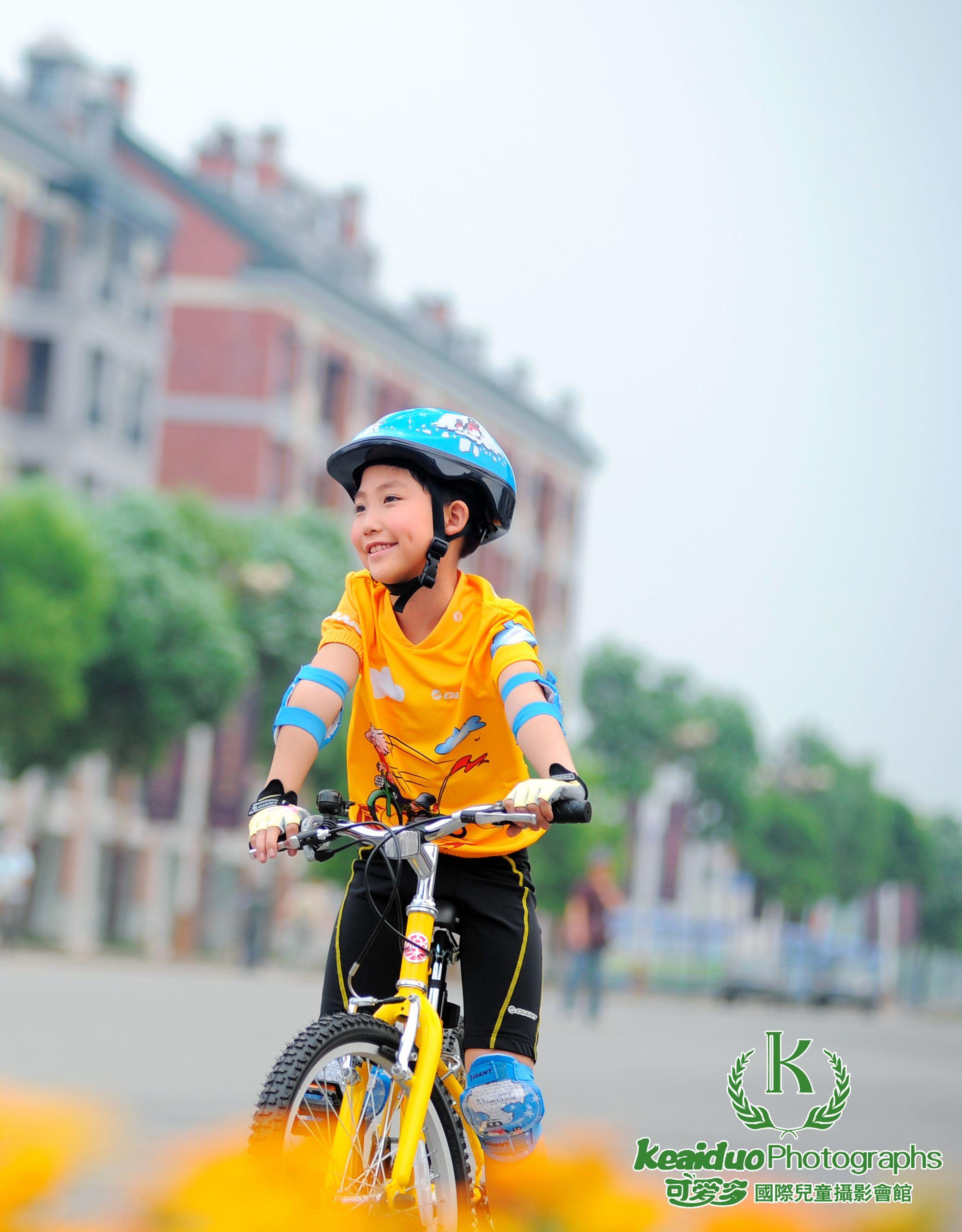 可爱多国际儿童摄影邛崃玉带香榭(泽民中学对面一楼)报名电话