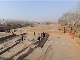 河南新郑发现夏商时期大型城址 城址面积达168万平方米