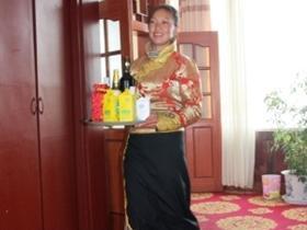 藏龙公司优质服务特色餐饮受欢迎