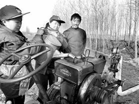 鄢陵78万亩小麦喝足保墒水