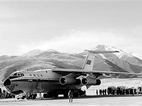 聚焦中国军用机场:汶川抗震动用8成 关乎国防安全