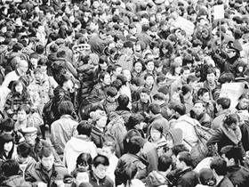 中国的人口发展走到时代的十字路口 总量增长素质偏低