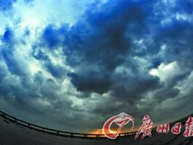 """台风""""梅花""""考验6大跨海大桥 预计8日登陆山东"""