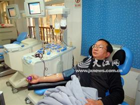 8年无偿献血近9万毫升 吉安他第一[图]