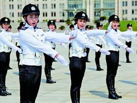 赤峰首个女子特勤队(图)
