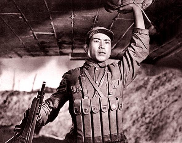 电影《董存瑞》1955主演:张良-共产党员感动中国的故事 一