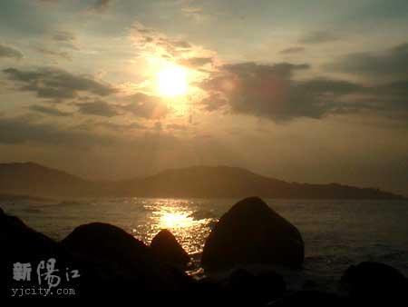 """2011""""五一节""""阳江海陵岛东岛沙滩徒步+露营"""