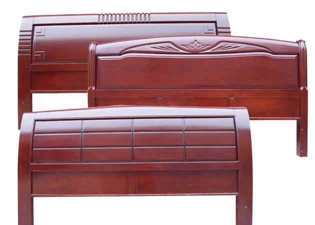 木制床头造型