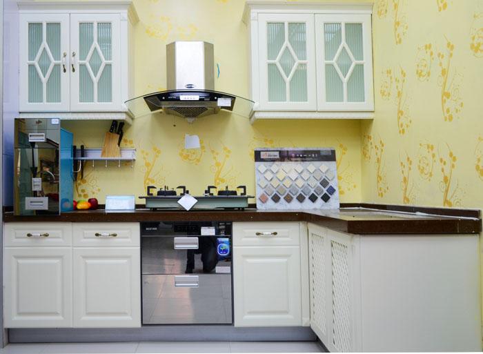 百得整体厨房—欧式白色