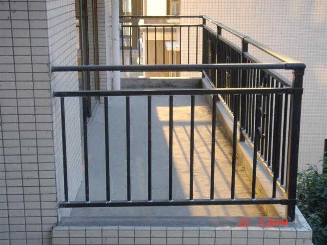 锌钢护栏 铝合金护栏 阳台栏杆 山东 临朐海鑫建材厂
