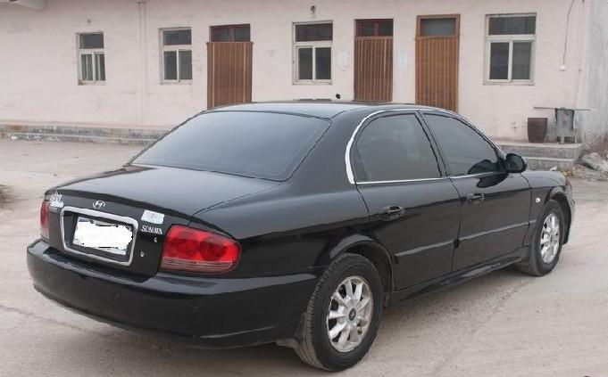带牌出售黑色现代索纳塔2005款高清图片