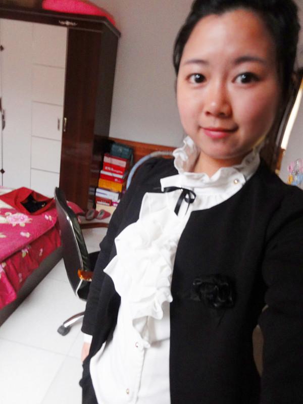 1-3年 毕业学校: 广州市工贸技师学院 专  业: 动画设计与平面设计