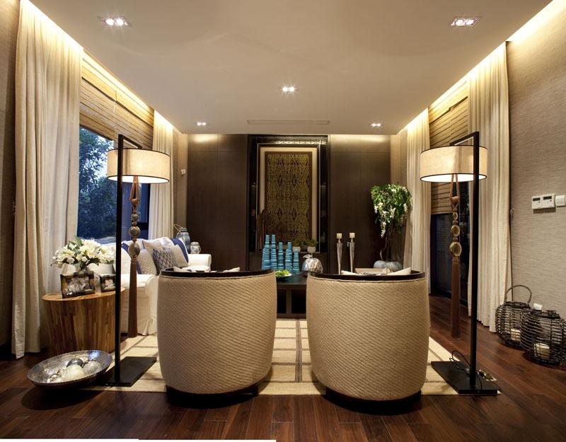 别墅 300㎡ 客厅装修效果图 东南亚风格