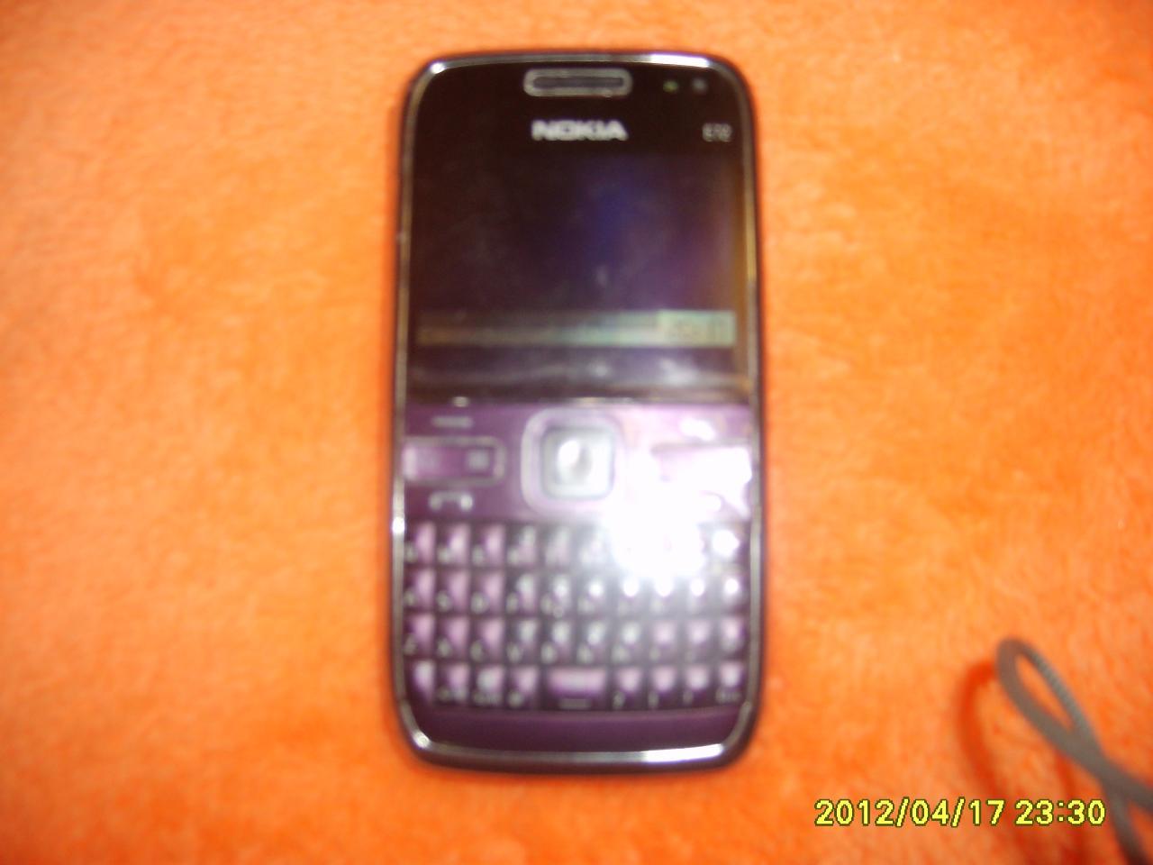 400 元 出售诺基亚 /strong>5320手机 200 元 朋友送的三星i9300便宜